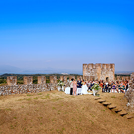 castle lonato lake garda during wedding ceremony