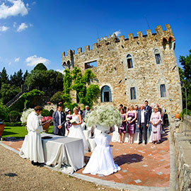 castello di vincigliata during wedding ceremony