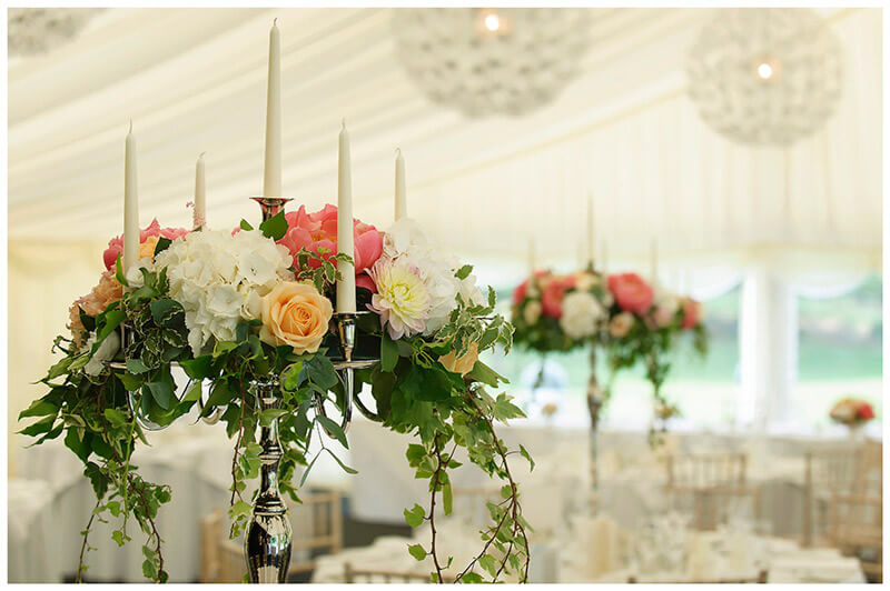 chandelier table flowers wedding
