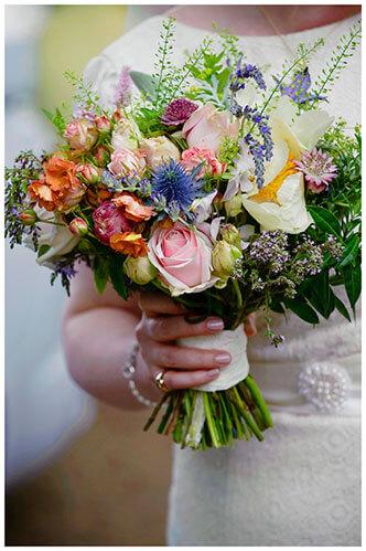 Hartford Church Wedding brides bouquet