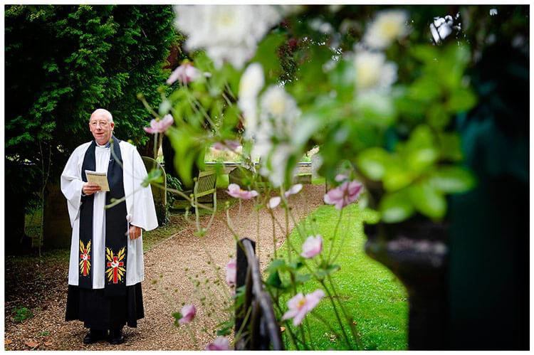Hemingford Grey wedding vicar