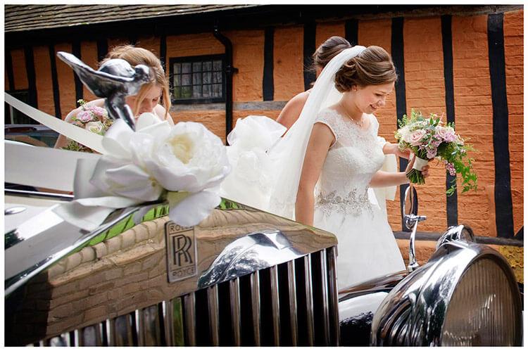 Hemingford Grey wedding bride wedding car bouquet