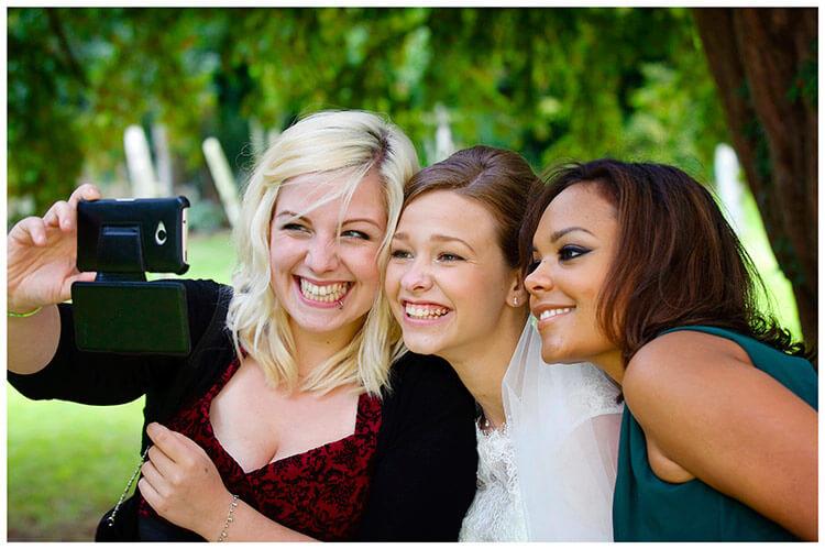 Hemingford Grey wedding bride poses for a selfie