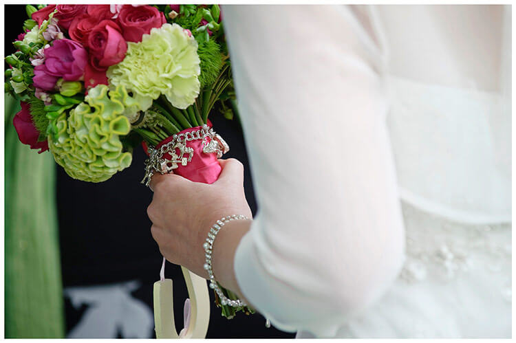 Emmanuel College wedding bride, bracelet, bouquet
