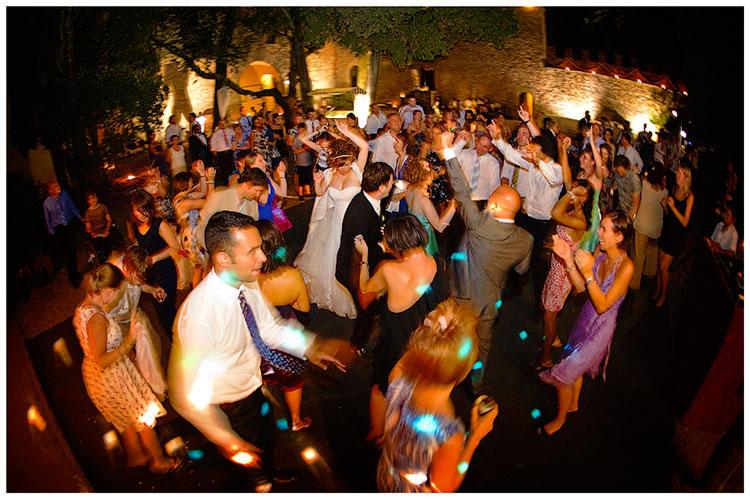 Castel di Poggio wedding full out door dance floor