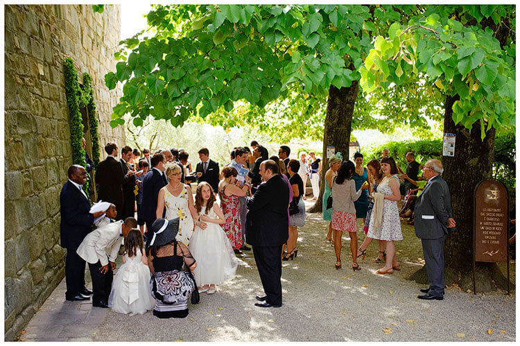 Fraternita di Romena wedding guests