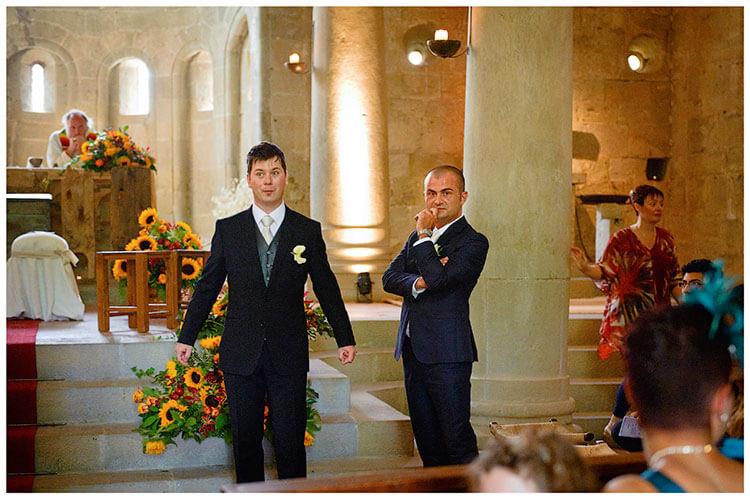 Fraternita di Romena wedding groom waiting