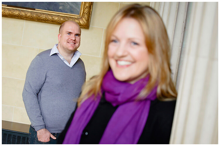 Sculpture Gallery Pre-Wedding photography andy portrait kate stand infront