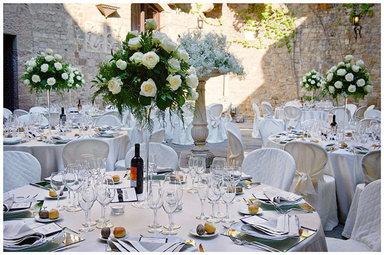 Castello di Vincigliata wedding table decorations