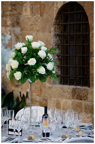 Castello di Vincigliata wedding white table flowers