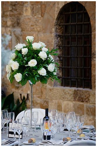 Castello di Vincigliata wedding white table flowers
