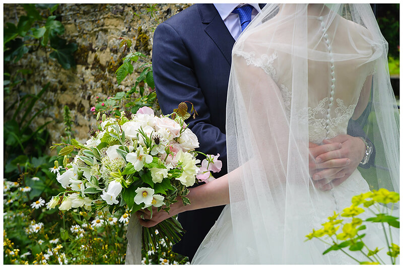 Oxfordshire friars Court Wedding brides bouquet
