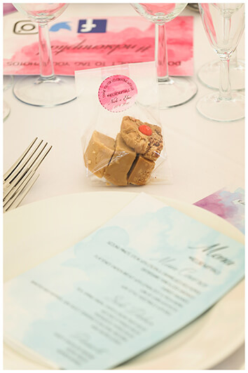 Oxfordshire friars Court Wedding table setting with fudge