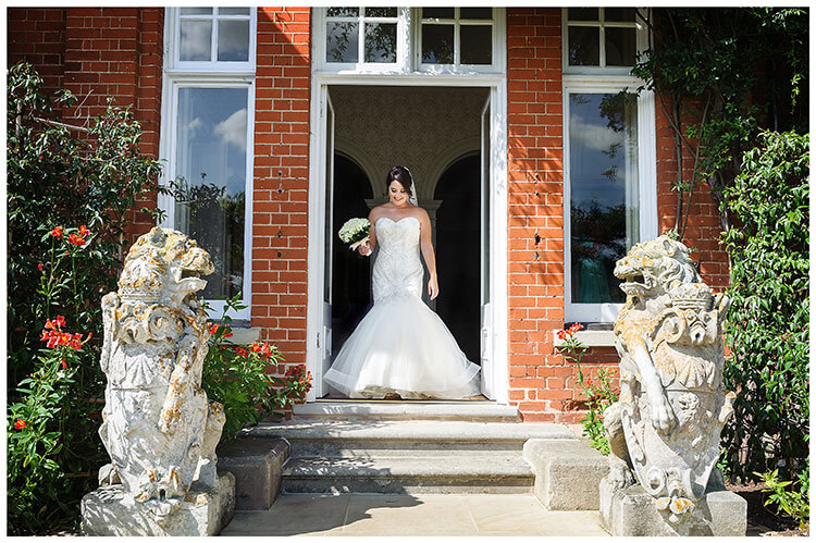 Bride on way to ceremony Best Wedding Photography of 2017